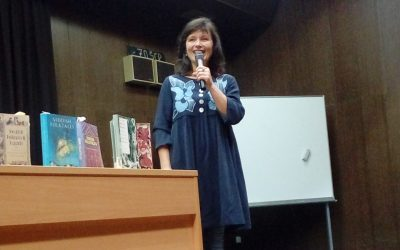 Anja Štefan predstavila svoje ustvarjanja na ŠC Postojna